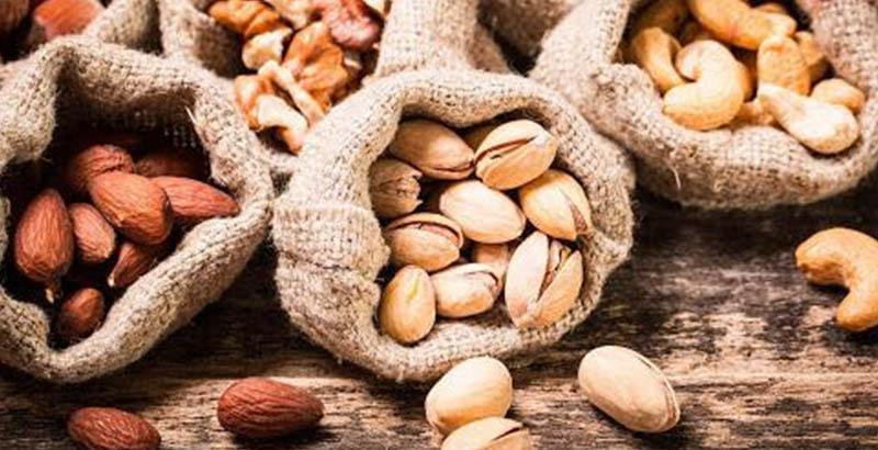 TOP-10 еды из кладовки для здоровья волос весной_3