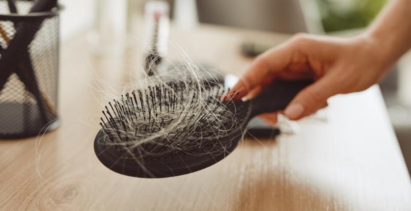 Волосы на расчёске_1